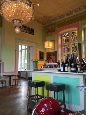 bahnhof-rolandseck-bar-restaurant-kunstlicht-4-interieur no. 253
